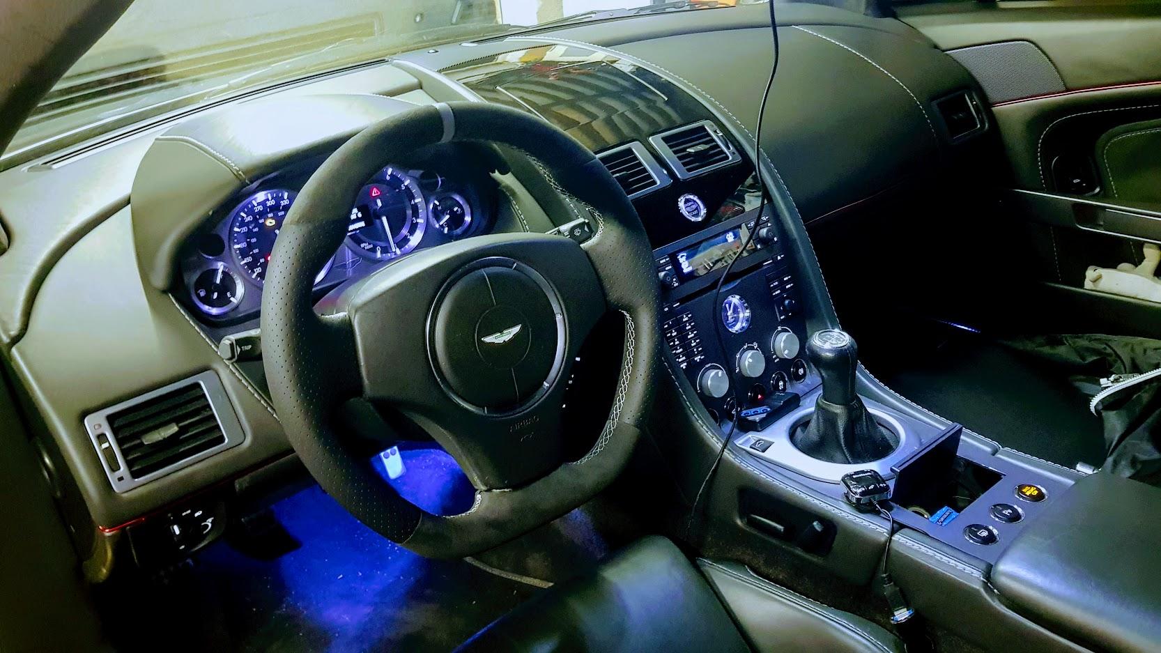 Ahhh Aston Martin...Le post officiel des Astons - Page 2 Post-3579-0-17264100-1553108071